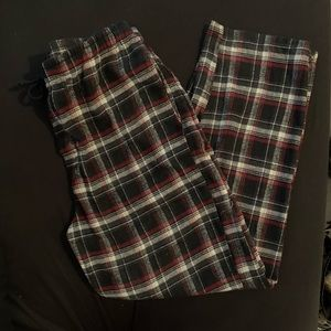 Men's Izod pajama pants. Size XL.